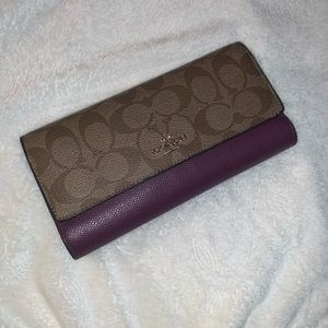Large coach wallet **great condition**
